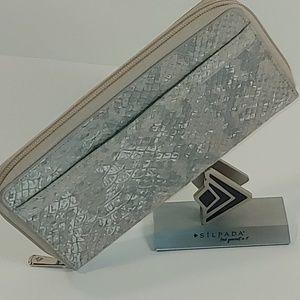 🆕 Margeaux Wallet by Silpada Designs